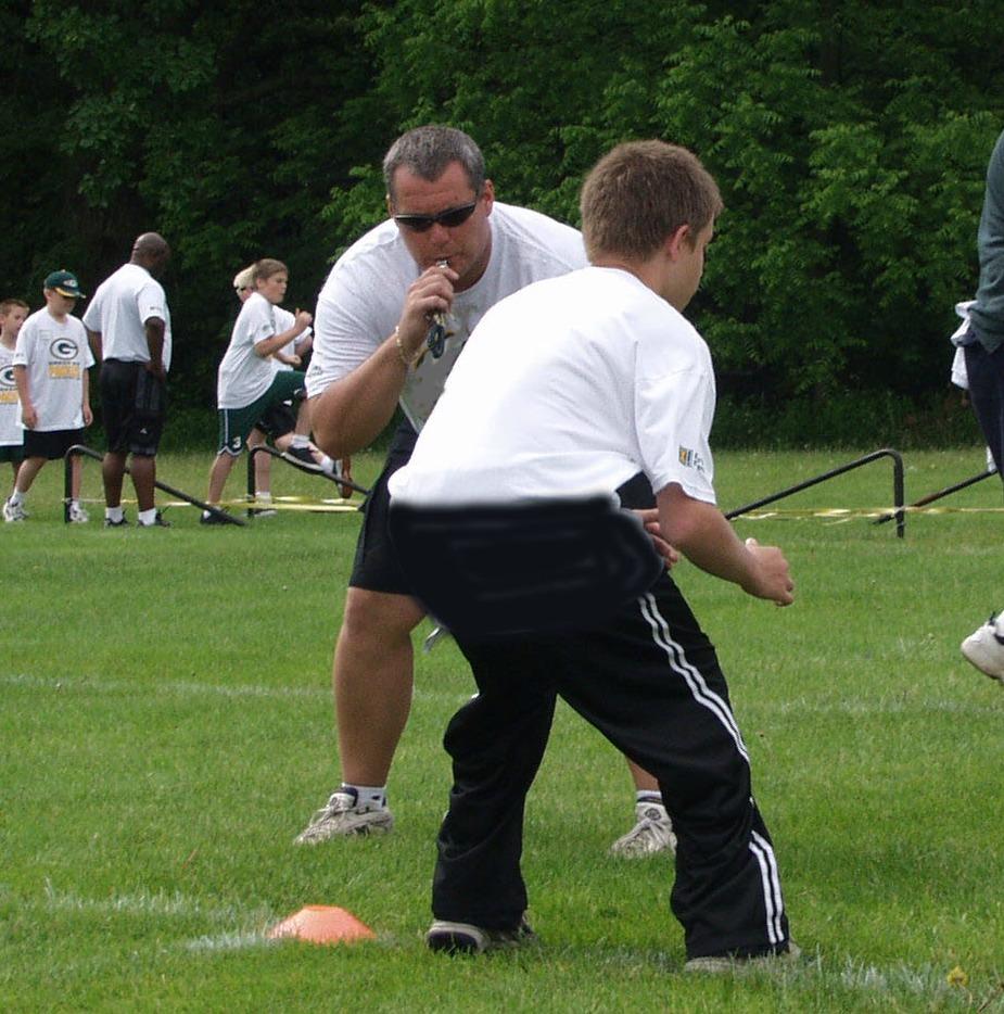 Green Bay NFL Alumni Hero Youth Football Camps - Pro Sports Experience
